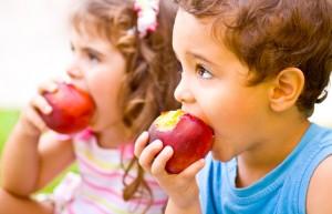 Kinder essen gesund